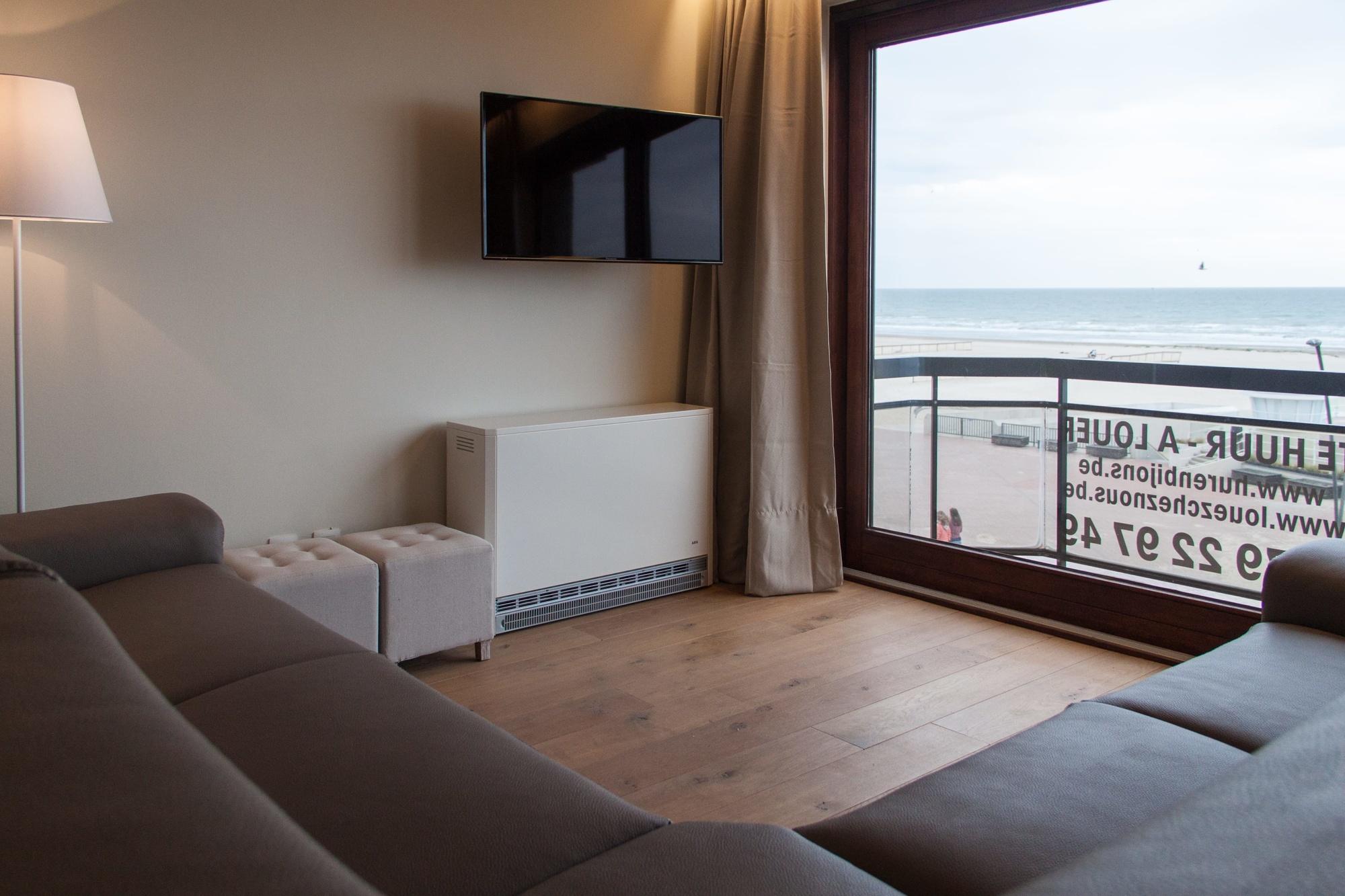 Oostduinkerke - Apt 2 Slpkmrs/Chambres - Grand Hotel